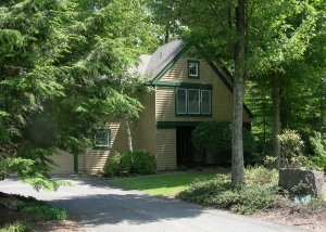 Pocono Vacation Rental in Private Resort Community - free use of recreation facilities!